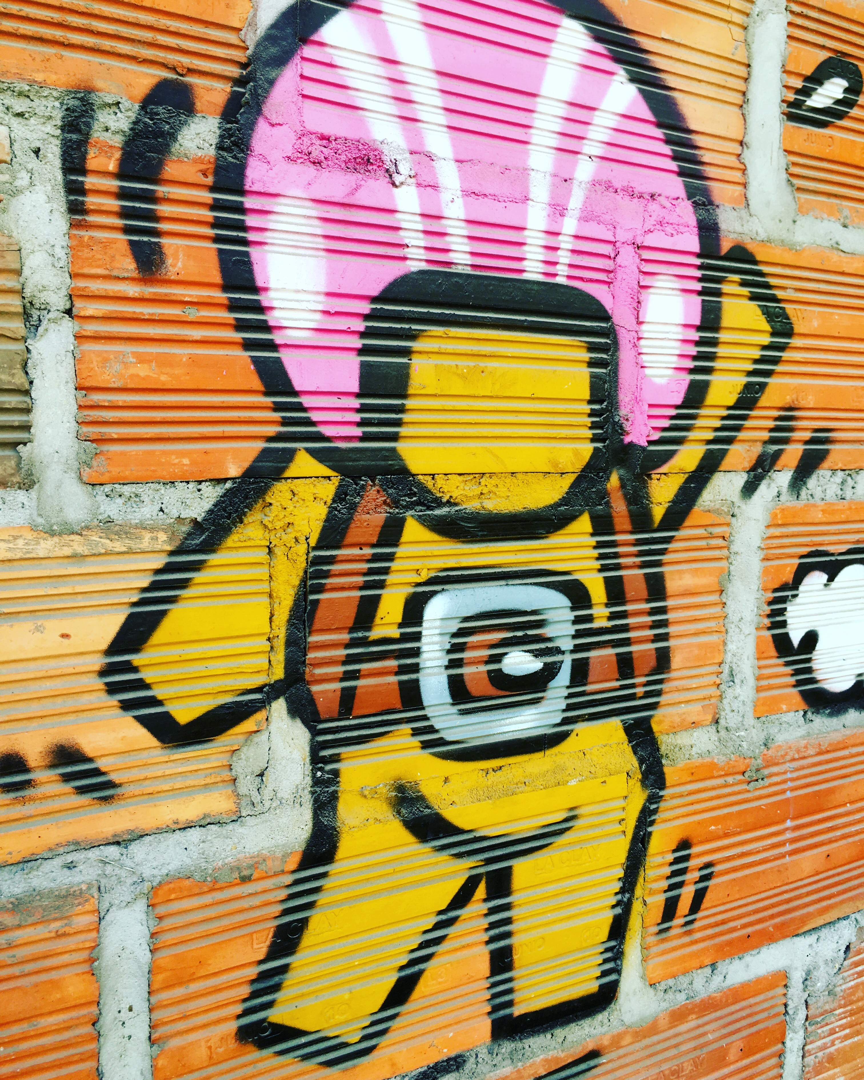 Through the Lens of an iPhone: Street Art | Pb